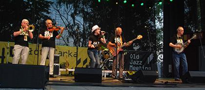 4._Old_Metropolitan_Band_-fot._A._Mikulski